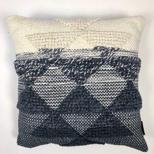 Pendleton Decorative Pillow Sham W/ Goose Pillow